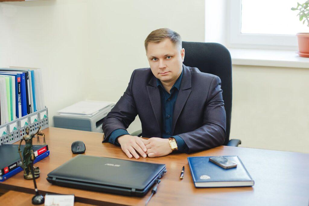 Юрист Роман Должиков